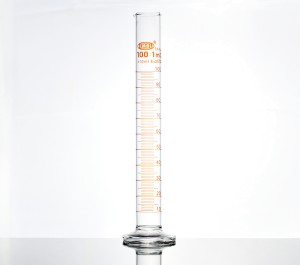 Measuring cylinder- glass with glass base- 100mL